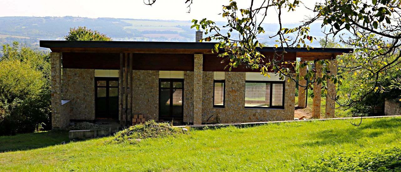 Uniek huis in Kehidakustany met bijzonder mooi uitzicht € 112.900
