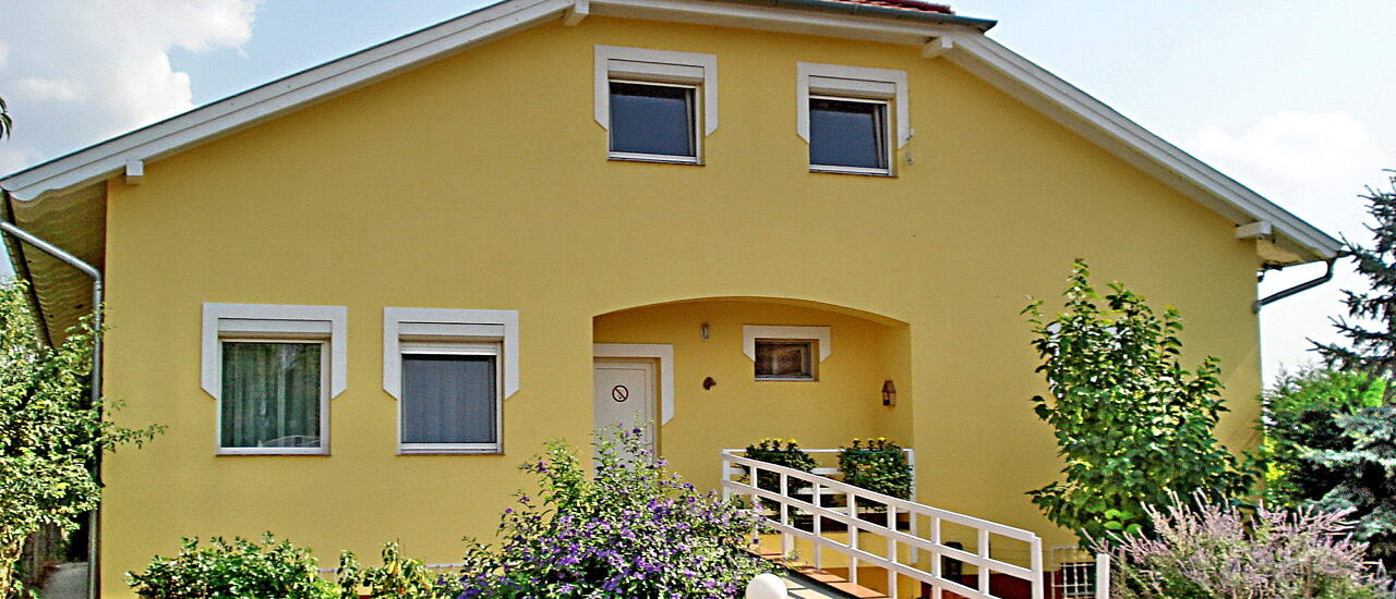 Well-equipped house with large garden for two generations 214.500 €